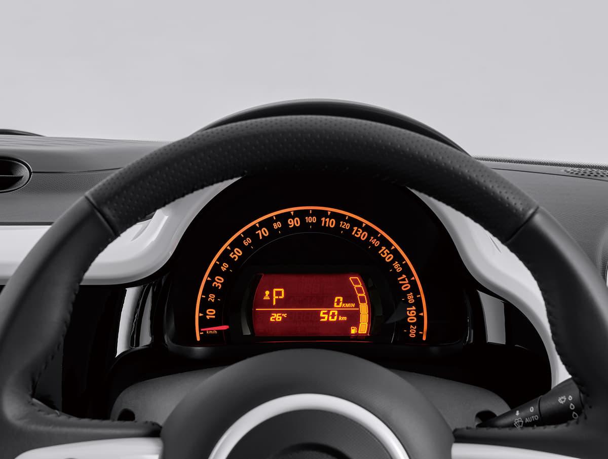 特別仕様車も設定! ルノー トゥインゴがマイナーチェンジしてポップに進化