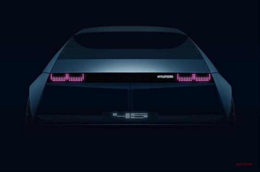 ヒュンダイ初の量産車から着想を得たEVコンセプト フランクフルトで発表へ
