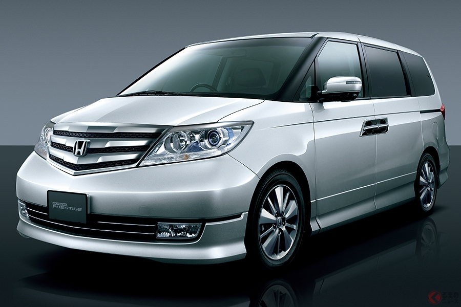 日本で絶大な人気のミニバンがこの10年で10車種以上も生産終了 次々と消える理由とは