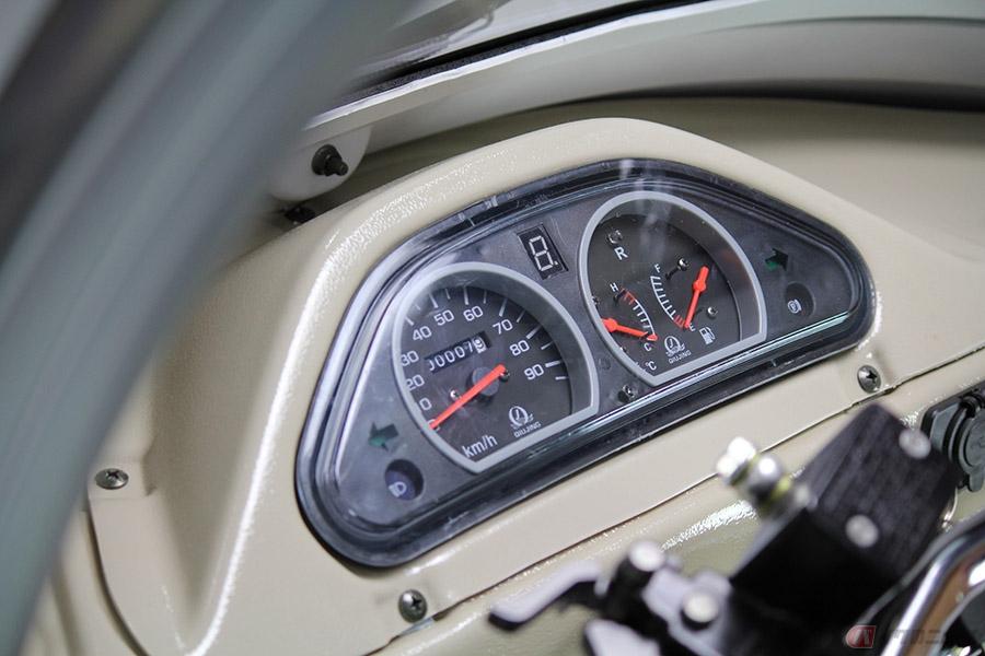 3人乗り125ccトライク「APxTrikes125」 コインパーキングも利用可能なチョイ乗りトライクとは?