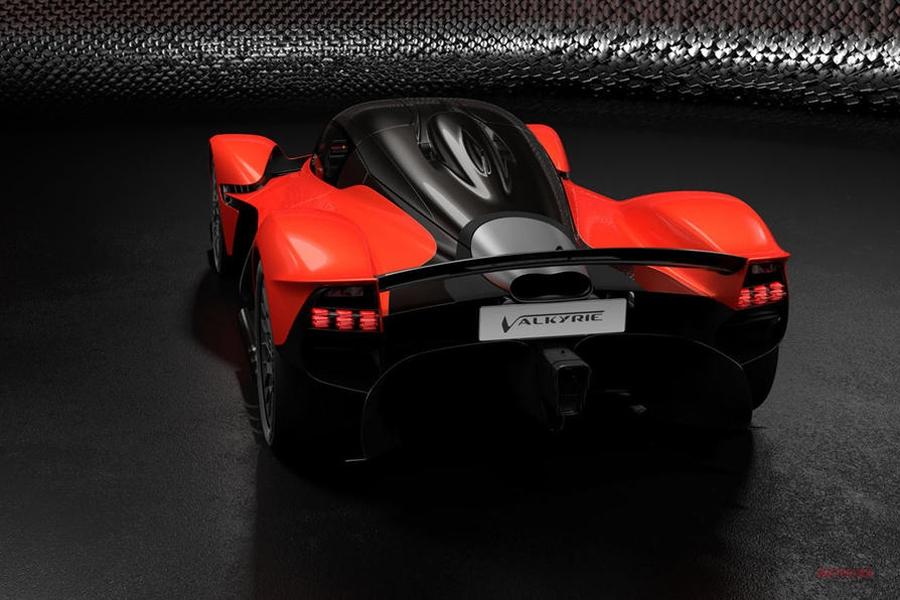 【EV投資2025年まで延期】億万長者ストロール アストン マーティンの株式取得 長期計画、大幅変更