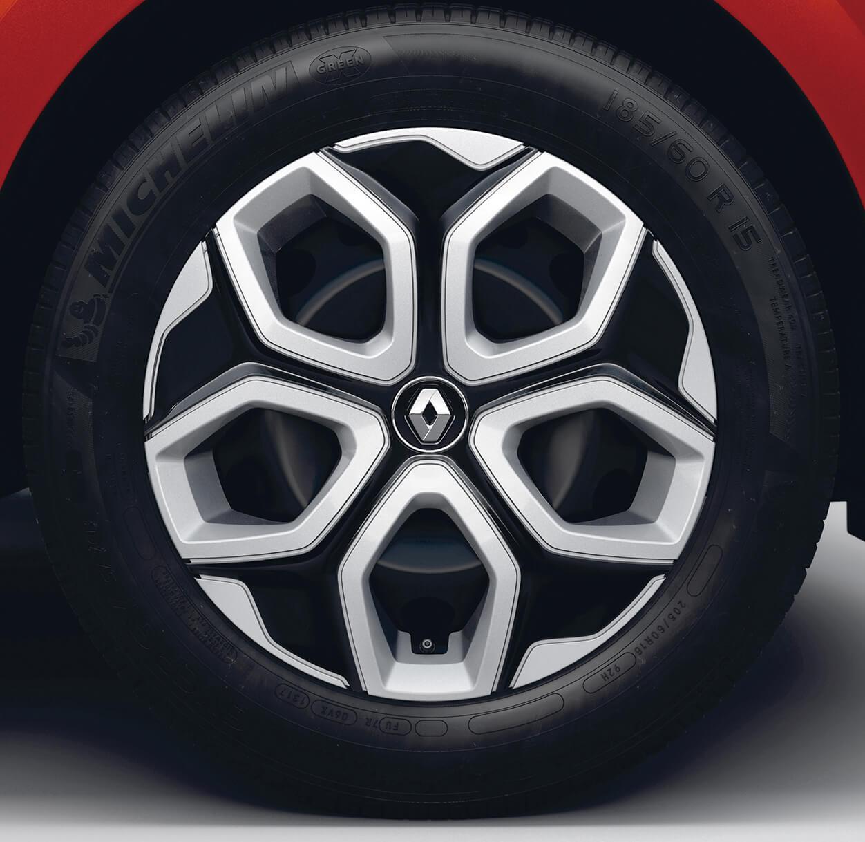 「ルノー・トゥインゴ」に自然吸気エンジン+5速MT仕様の「S」が追加!