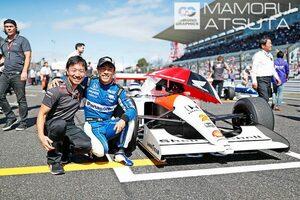 【ブログ】Shots!レジェンドF1マシンの音と走りに関係者も大興奮/F1第17戦日本GP2回目