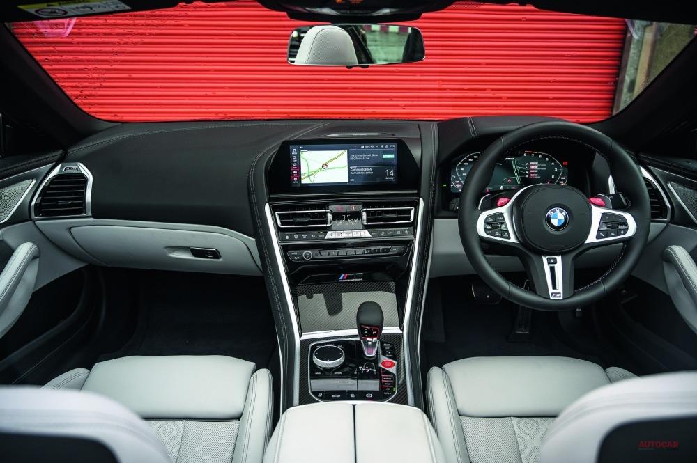 ロードテスト BMW M8 ★★★★★★★☆☆☆