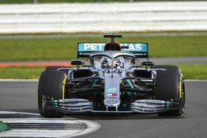 """メルセデスF1『W11』:あえて""""大胆なアプローチ""""で改善図る。フェラーリを警戒し直線スピード向上にも注力"""