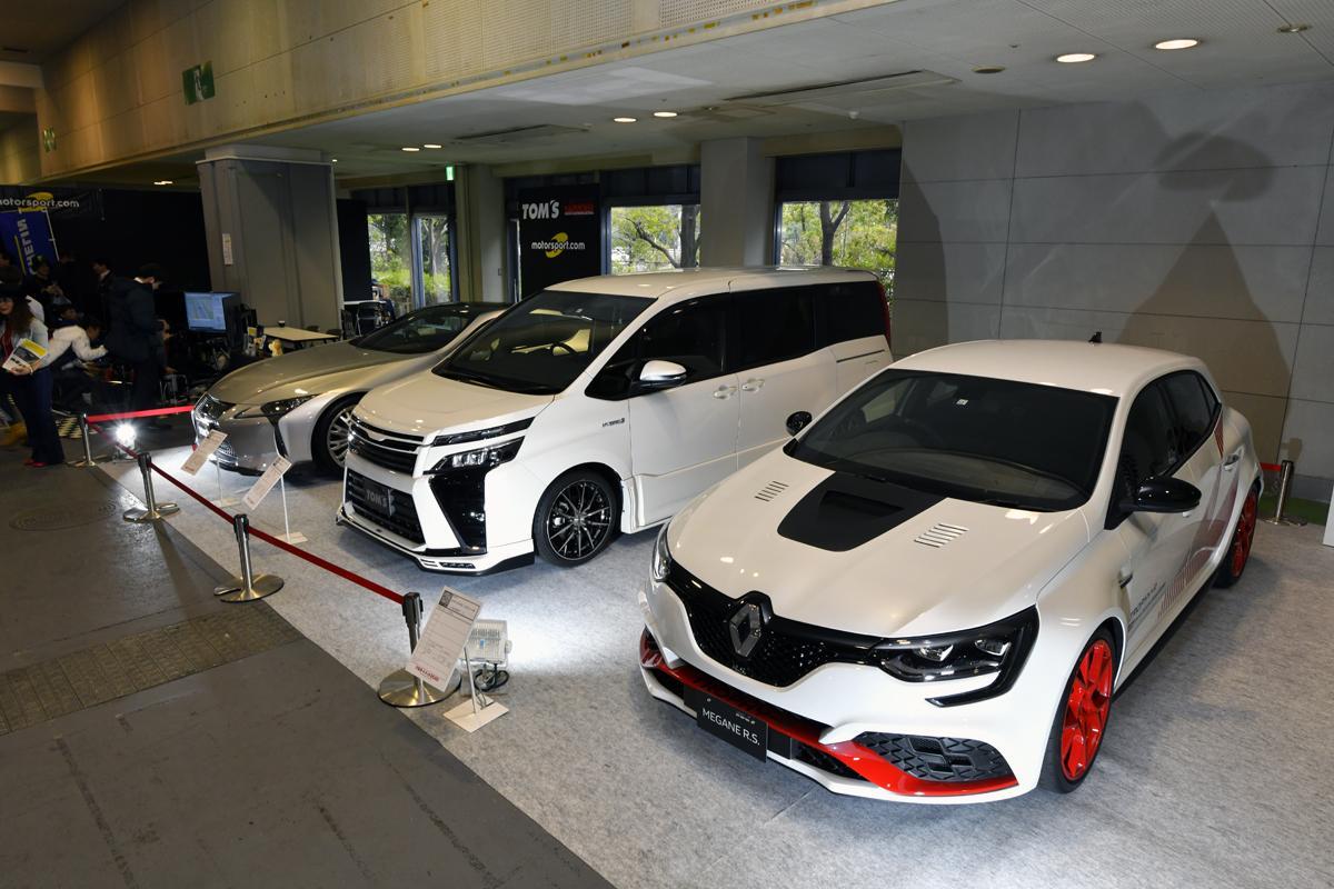 ルノー・メガーヌR.S. トロフィーRは日本にわずか47台! ニュル最速の市販車が西日本上陸【大阪オートメッセ2020】