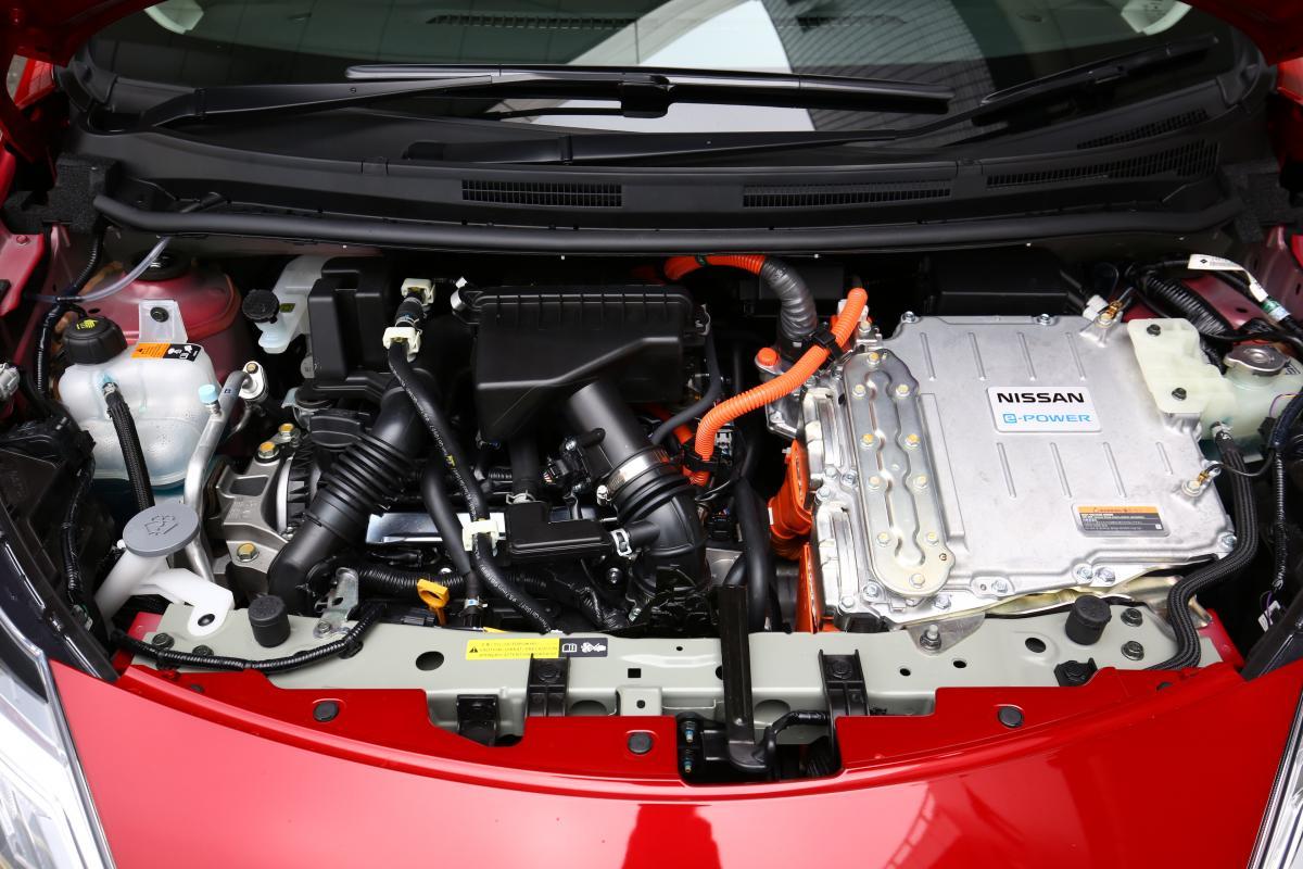 日産の2大電動車「ノートe-POWER」と「リーフ」5年乗ったらどっちがお得か計算してみた
