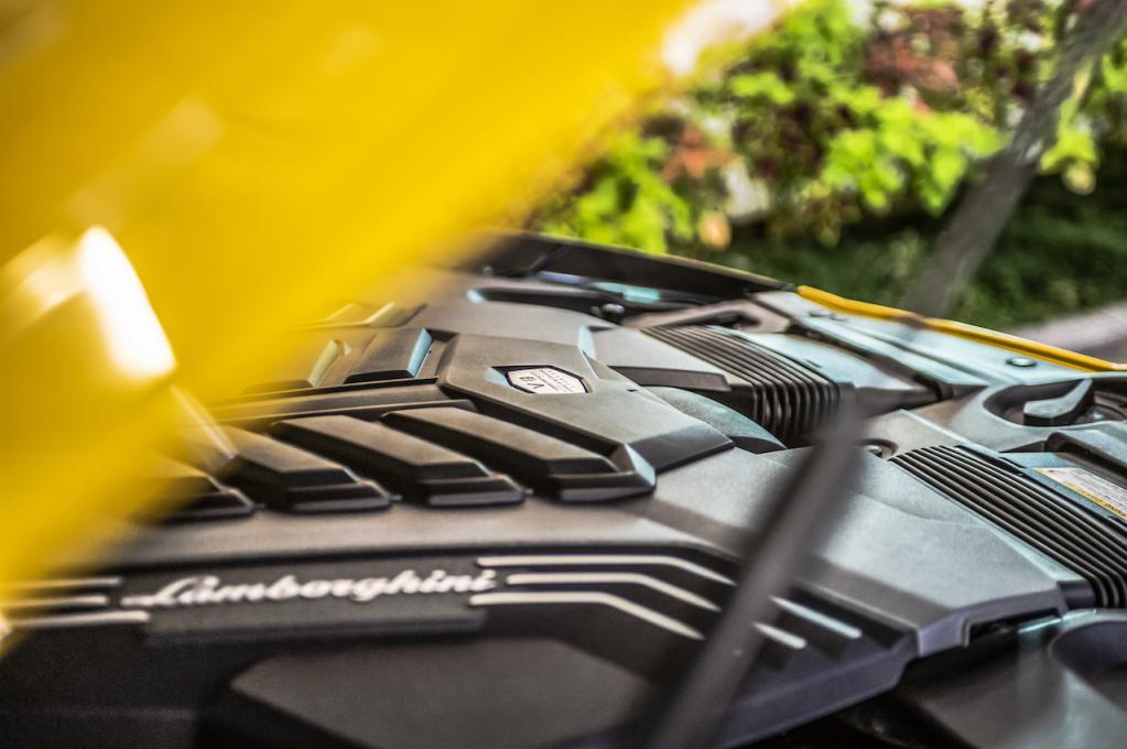 650ps/850NmのスーパーSUV、ランボルギーニ・ウルスの走りはスーパースポーツそのものだ!