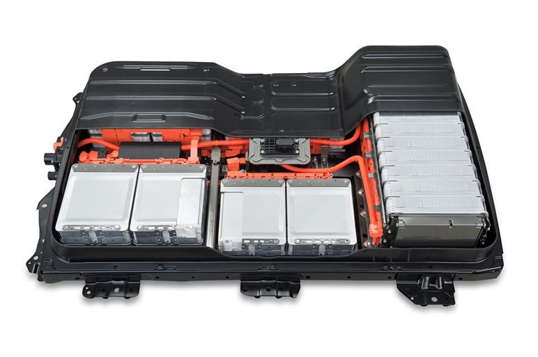 リーフのバッテリー再生工場がオープン。半額以下で提供予定