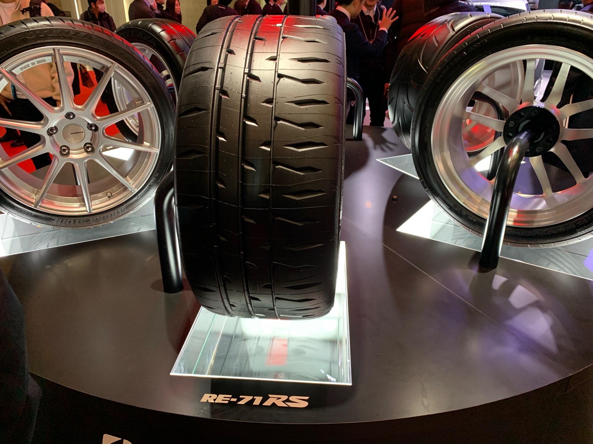 新スポーツタイヤを発表 ブリヂストン ポテンザ RE-71RS - 東京オートサロン