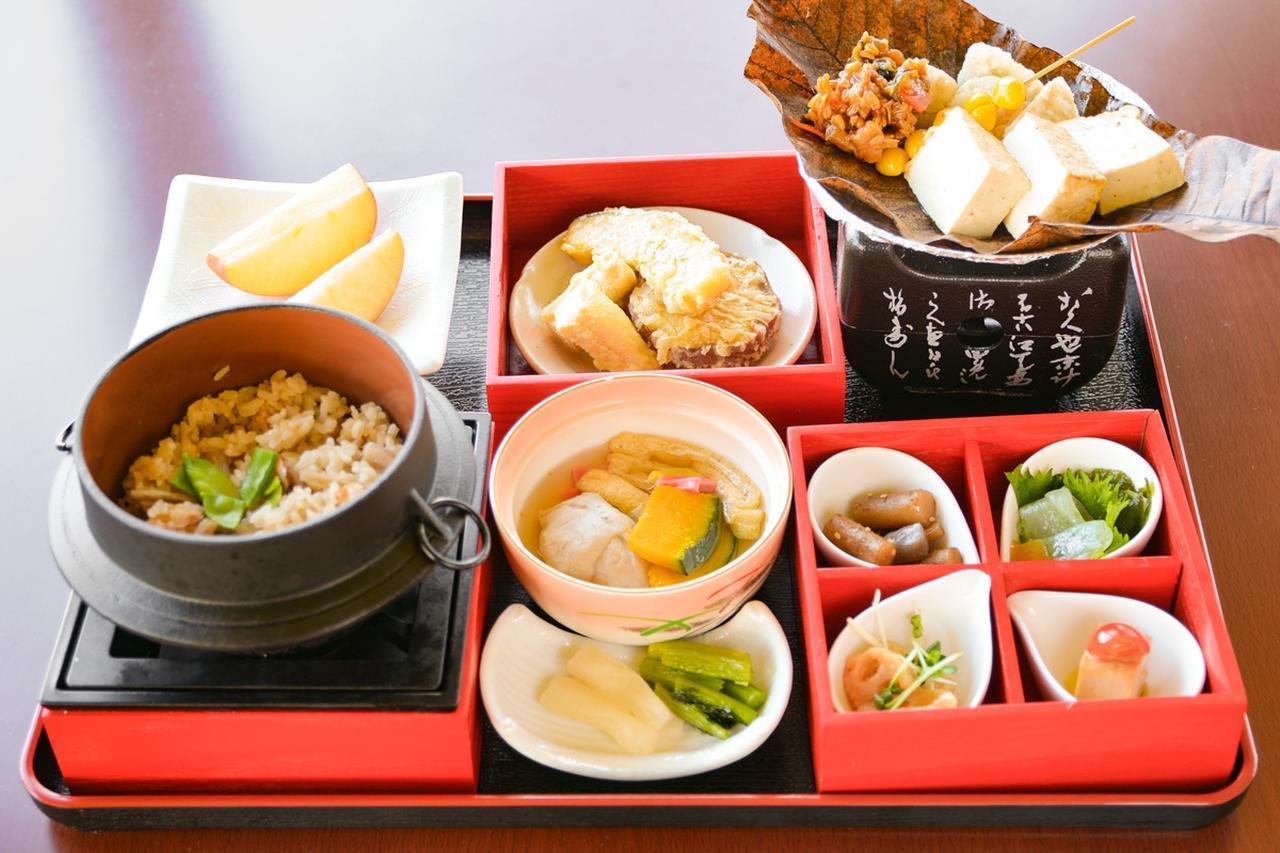 【ドライブグルメ】東名高速道路 足柄SA(上り)の「精進料理 霜月」【第28回】