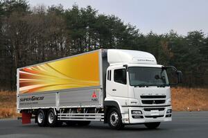 「トラックは前」「バスは後ろ」なぜエンジン搭載位置が異なるのか