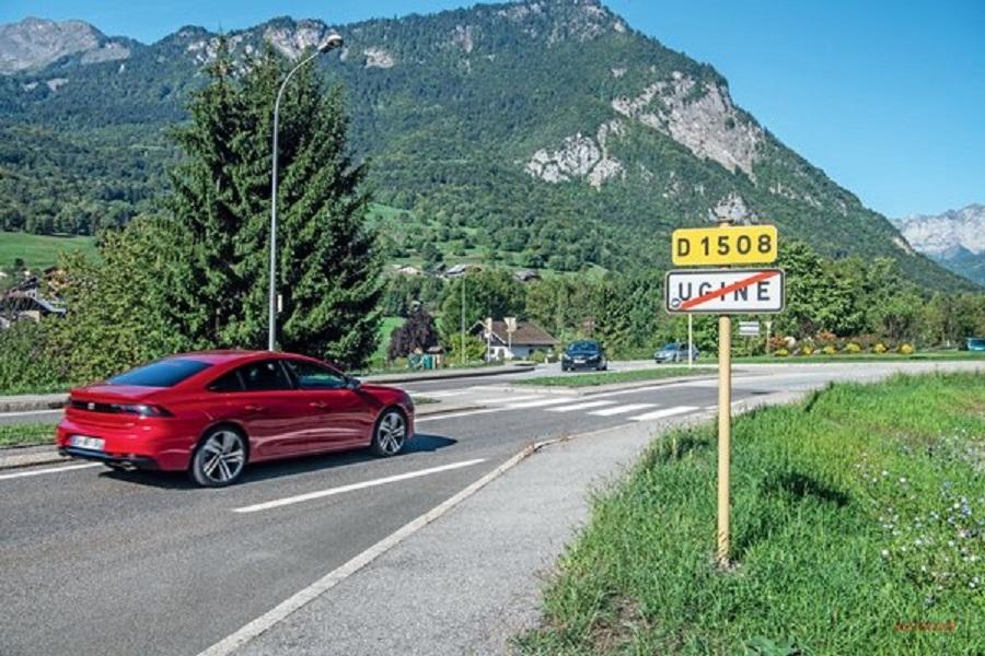 新型プジョー508 フランス巡る旅 フレンチサルーンへの愛は変わらず