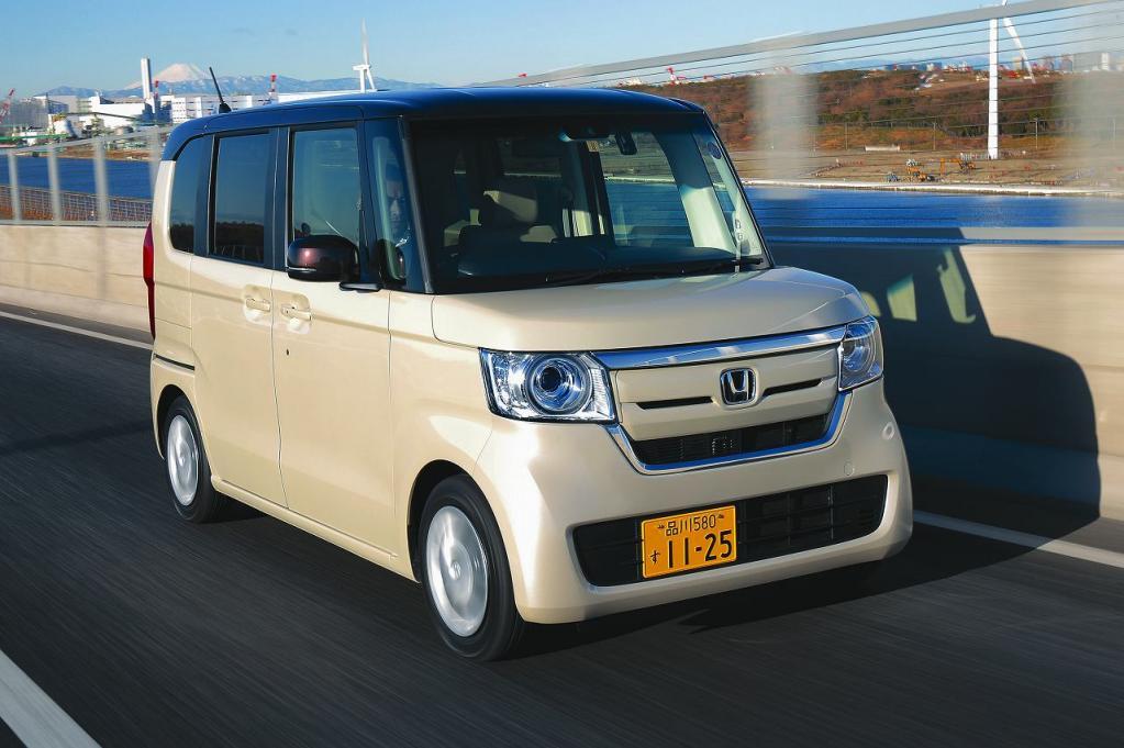 ホンダN-BOXカスタムなど最大級の使いやすさで一番人気のスーパーハイトクラス4車種の比較<ホンダ・日産・三菱編>