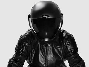 いま日本発のとてつもないヘルメットが生まれようとしている!「クロスヘルメット X1」の機能が未来すぎてビビる。