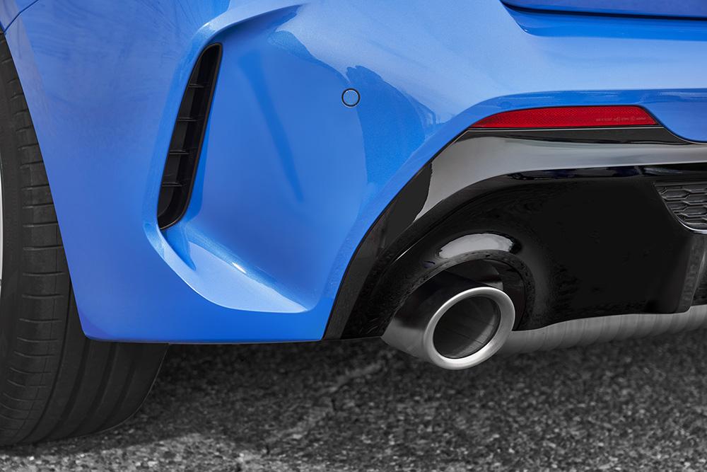 タイヤスリップ・コントロールシステムを初搭載!先進機能満載のBMW新型「1シリーズ」はお買い得?