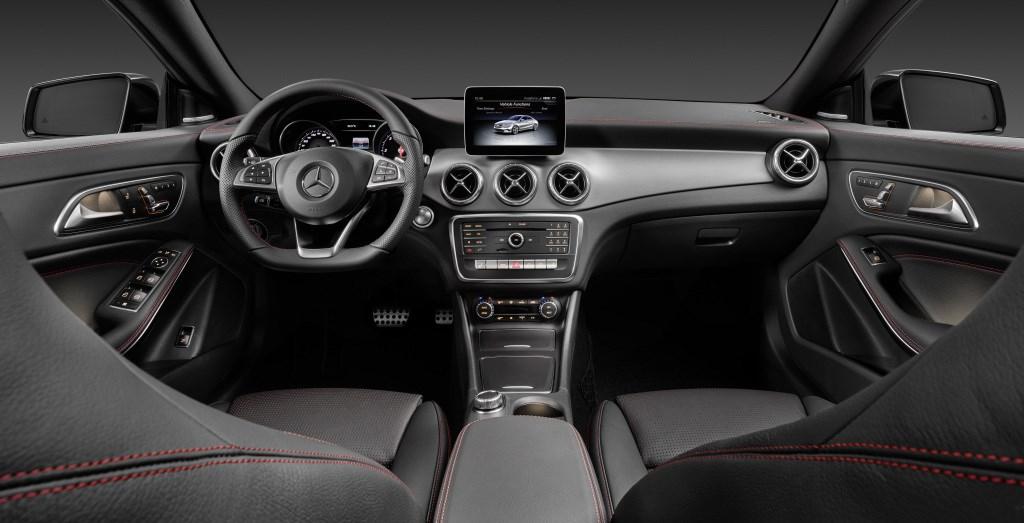 新型メルセデス・ベンツCLAの生産がスタート。音声認識やクラスの枠を超えた安全装備が特徴