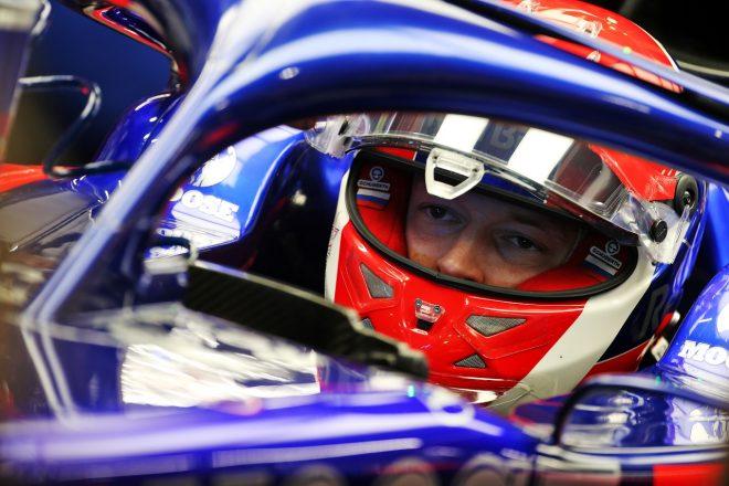 クビアト11番手「タイム改善の余地があるのは間違いない。バランス最適化が重要に」:トロロッソ・ホンダ F1シンガポールGP
