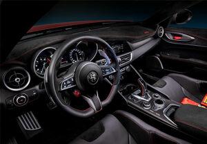 高級限定車の内装に注目!アルカンターラを採用した最新モデル5選