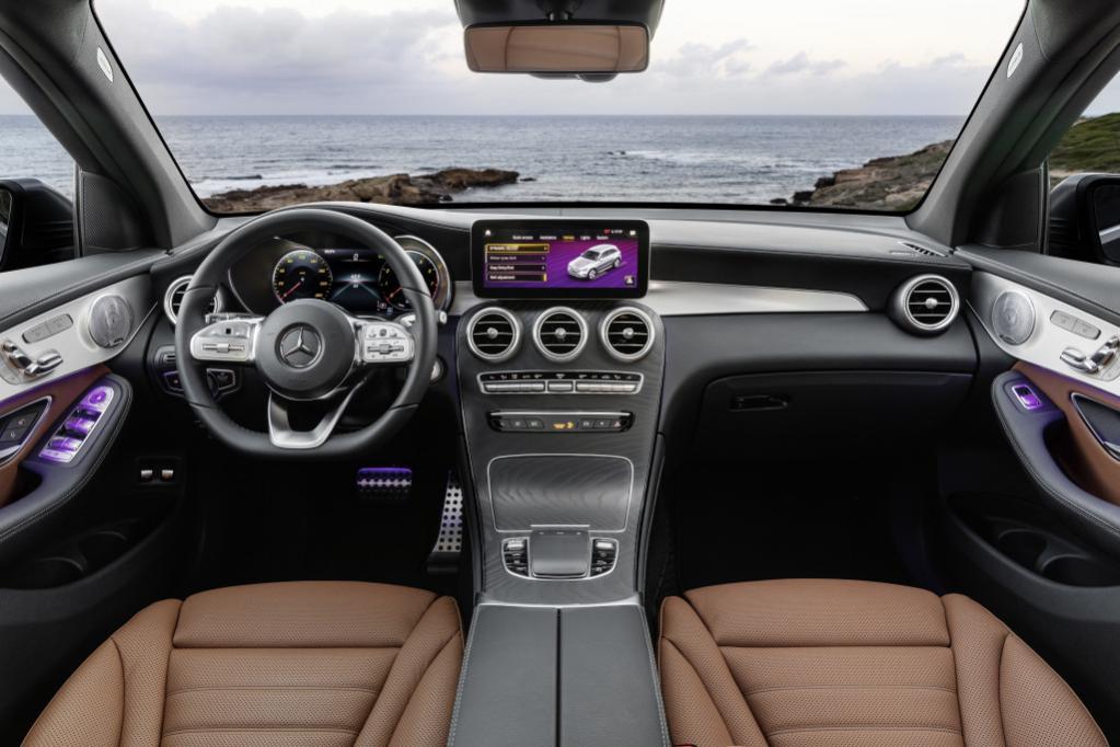 気合いが違う! 新型メルセデス・ベンツGLCは「MBUX」を搭載し、内外装を大刷新するフェイスリフトを敢行【ジュネーブ・モーターショー2019】