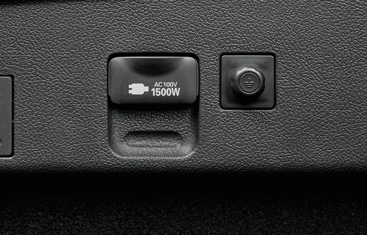 トヨタ・プリウスがマイナーチェンジ! より洗練されたエクステリアデザインを採用