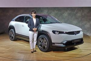 【東京モーターショー2019】マツダ 初の量産電気自動車「MX-30」登場