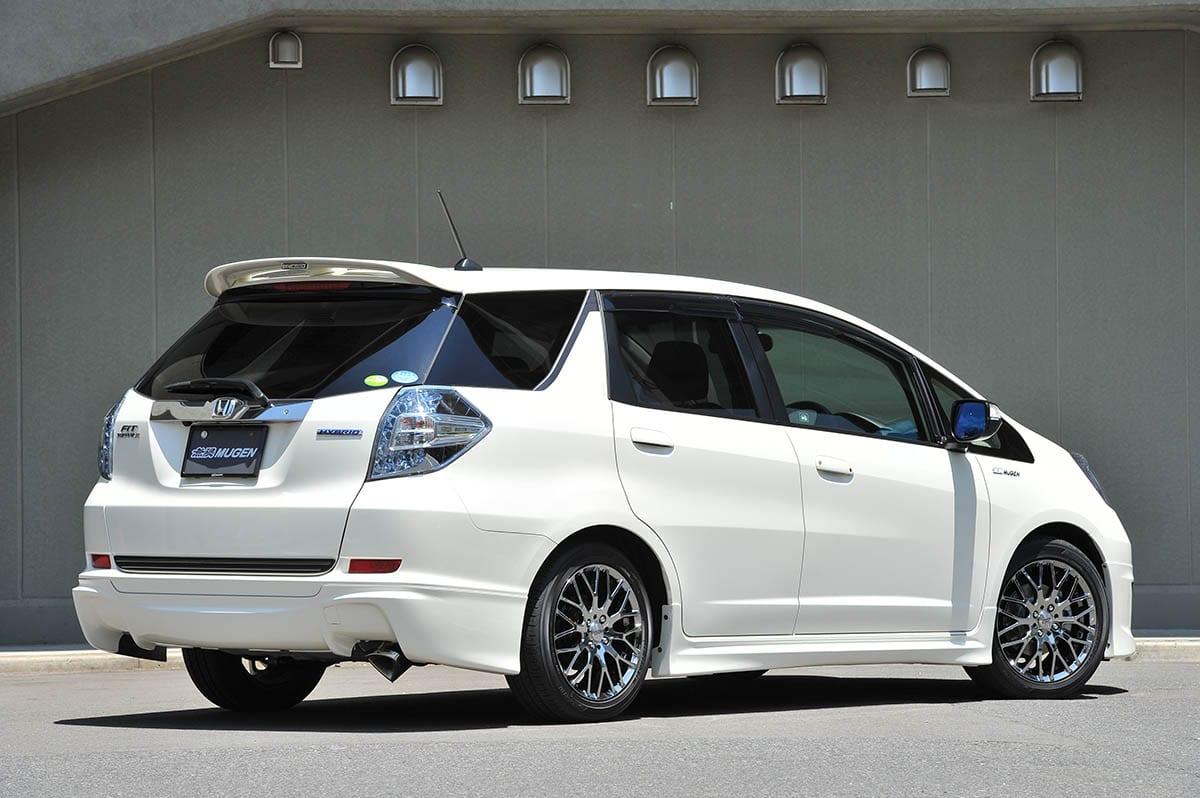 ホンダ・フィットシャトル(2011年6月~2013年8月)|中古車選びに役立つ「当時モノ」新車試乗記