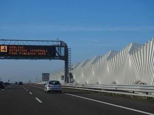 """【大矢アキオの イタリアでcosì così でいこう!】あの""""ベネトン""""が「高速道路」を返上。頓挫したイタリア式民営化"""