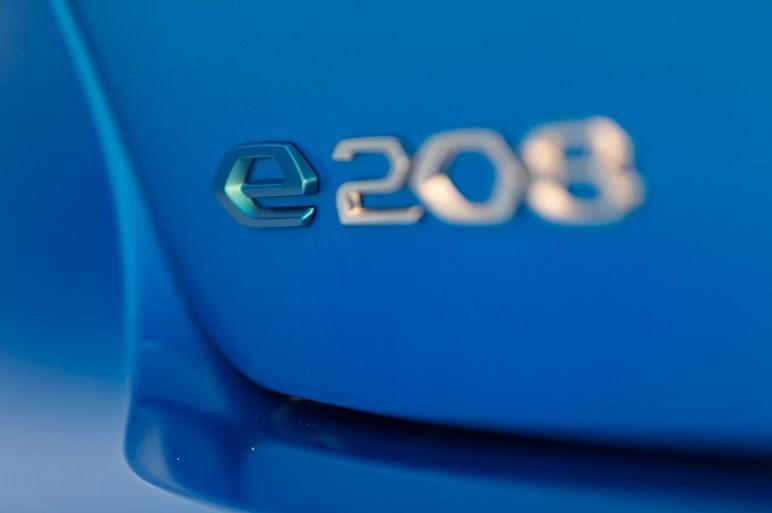 新型プジョー208はクラストップの品質を得たが、ブランド戦略で猫足は捨てた
