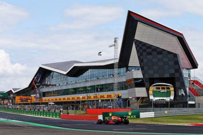 F1イギリスGPを開催するシルバーストン、グランプリ開催可否を4月末までに決断