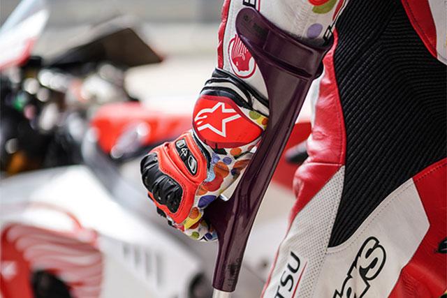 MotoGP:中上、足の痛み抱える厳しい状況のなかで戦いポイントを得る。「走りきろうと決めていた」