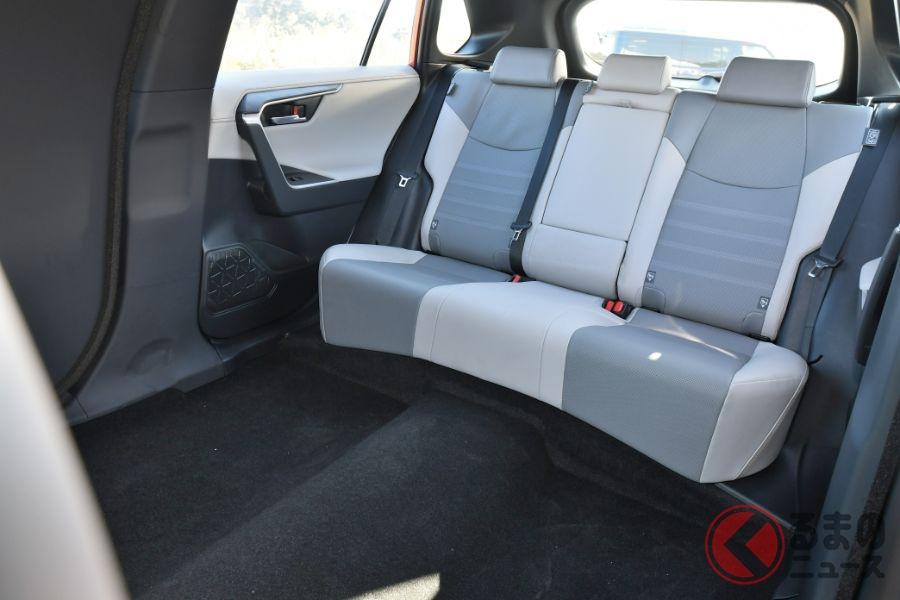 世界で1台のトヨタ「RAV4リムジン」現る!長過ぎるRAV4の正体とは