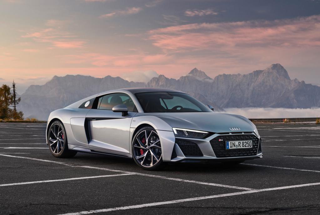 アウディが旗艦スーパースポーツ「R8」に後輪駆動モデルを設定! V10エンジンは540psと540Nmを発揮