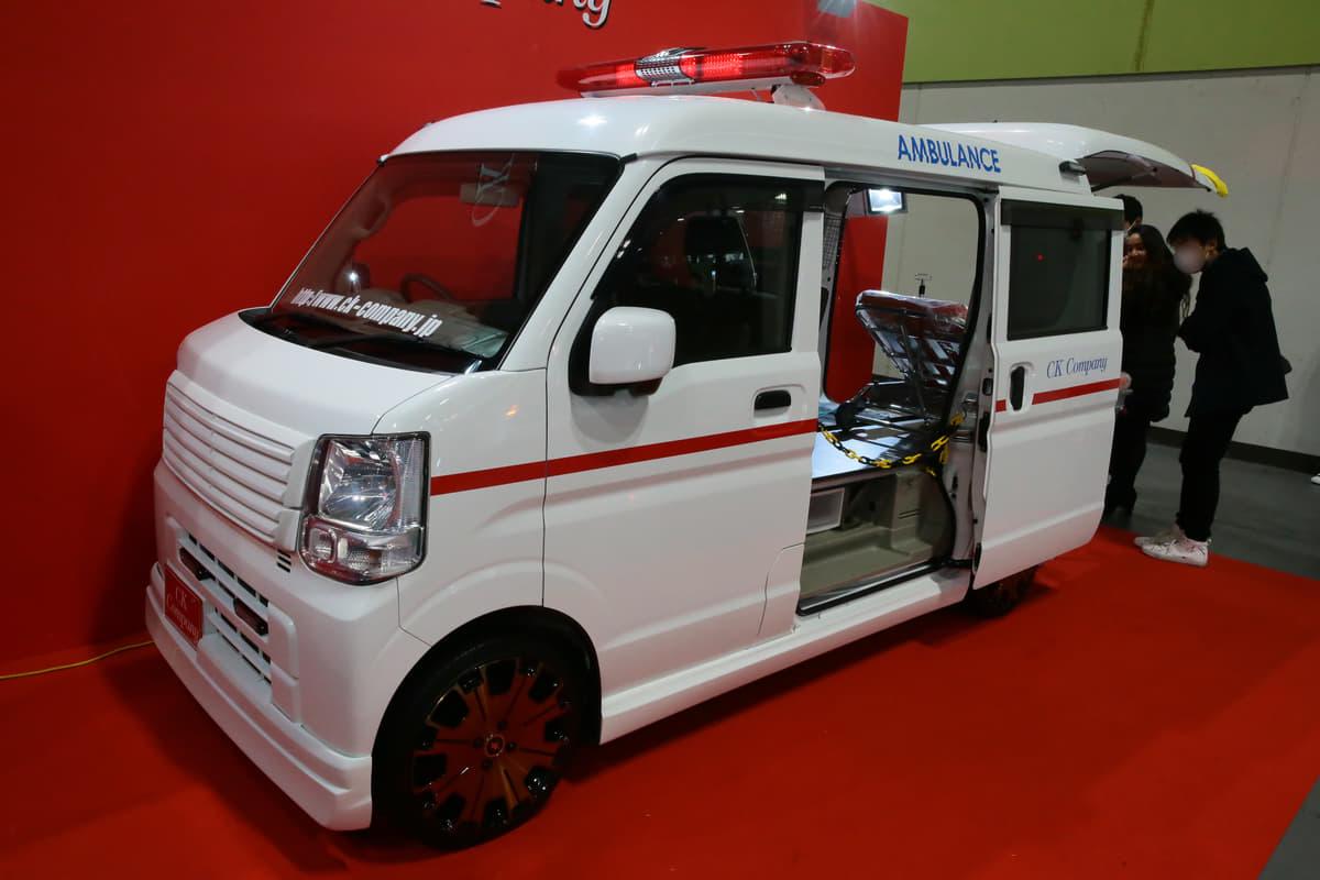 ドレスアップな「救急搬送車」をカスタムカーショーに展示した意図とは