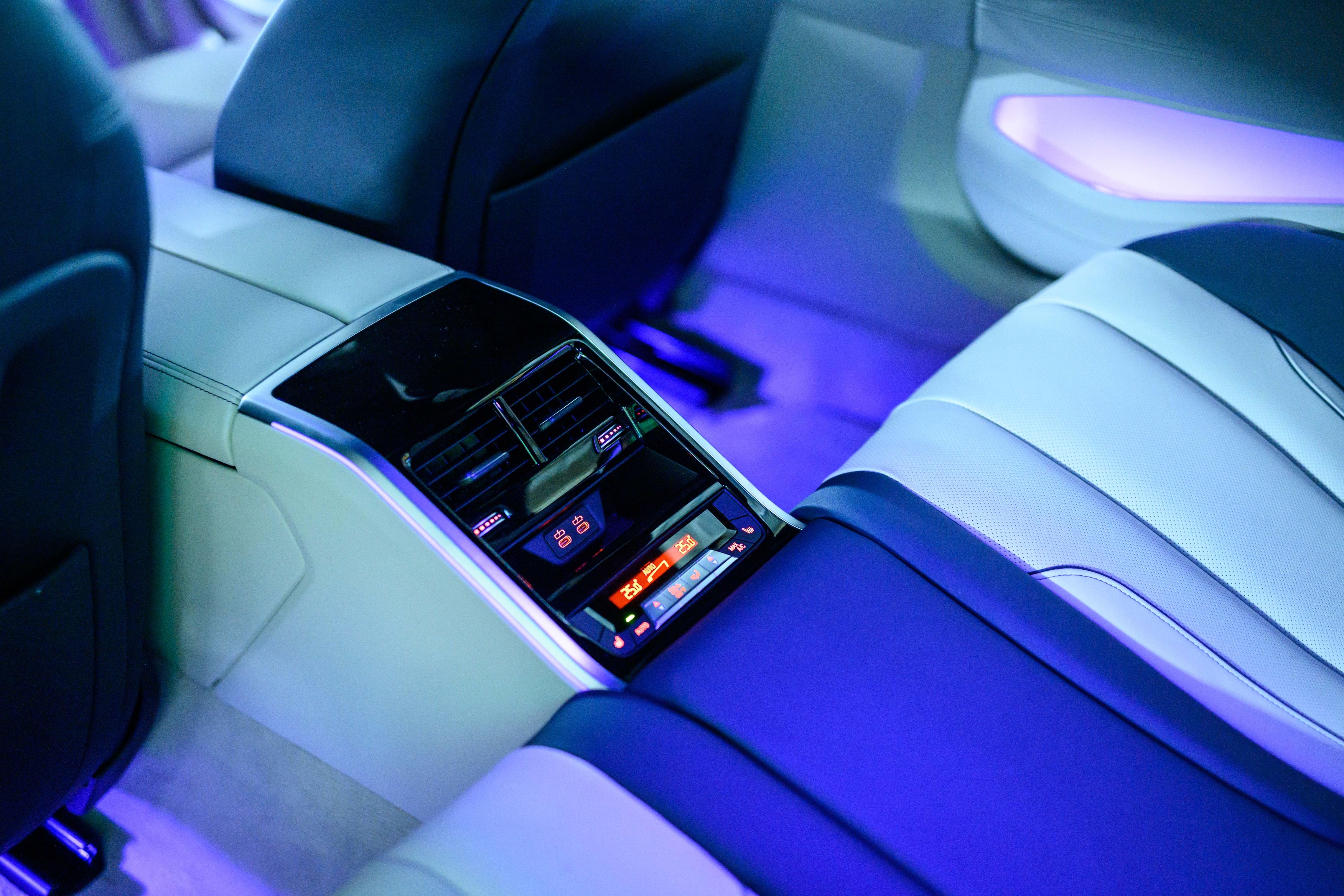 贅沢&スポーティな週末の移動手段とは? BMW M850i xDrive Gran Coupe試乗記