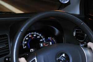 インチアップをする時、タイヤ外径を変えてはダメ。それってなんででしたっけ?