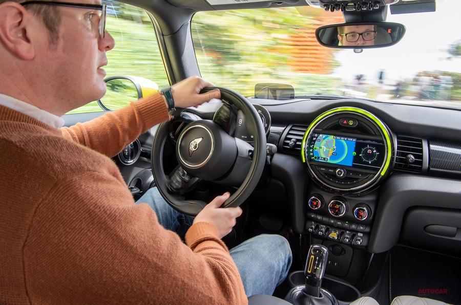 【期待通りの活発な走り】ミニ・エレクトリックに初試乗 純EV 航続距離231km