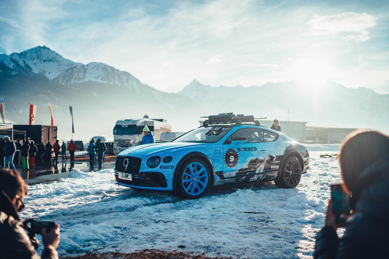 アイスレース仕様のベントレー コンチネンタル GTがデモンストレーションランを披露