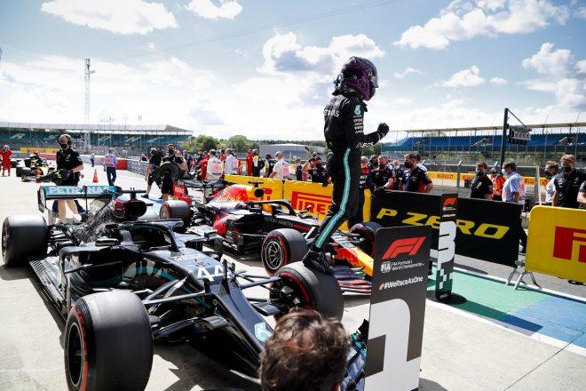 ハミルトン、スピンの後、コースレコードでポール「気持ちをリセットするのが大変だった」メルセデス【F1第4戦予選】