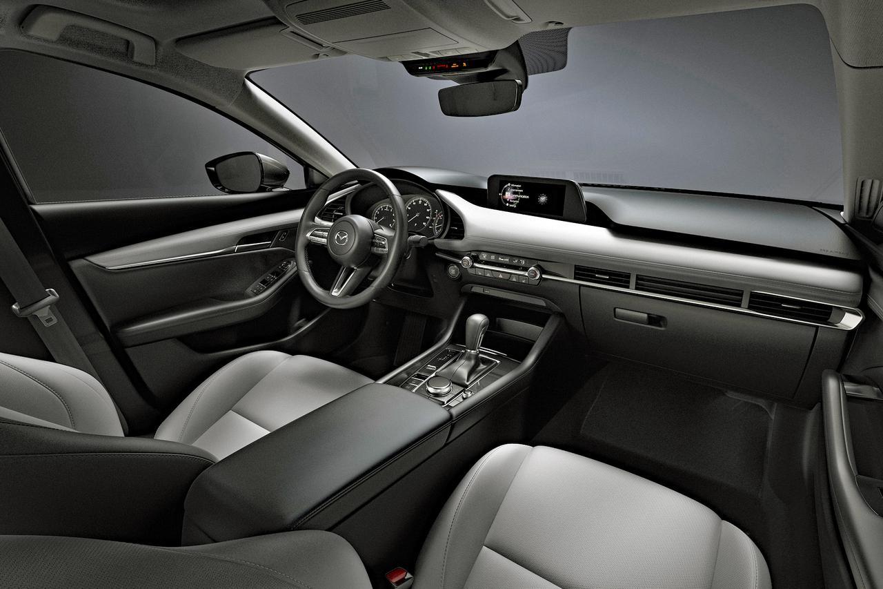 【ニュース】大注目! マツダがジュネーブショーで新型SUVをワールドプレミア!