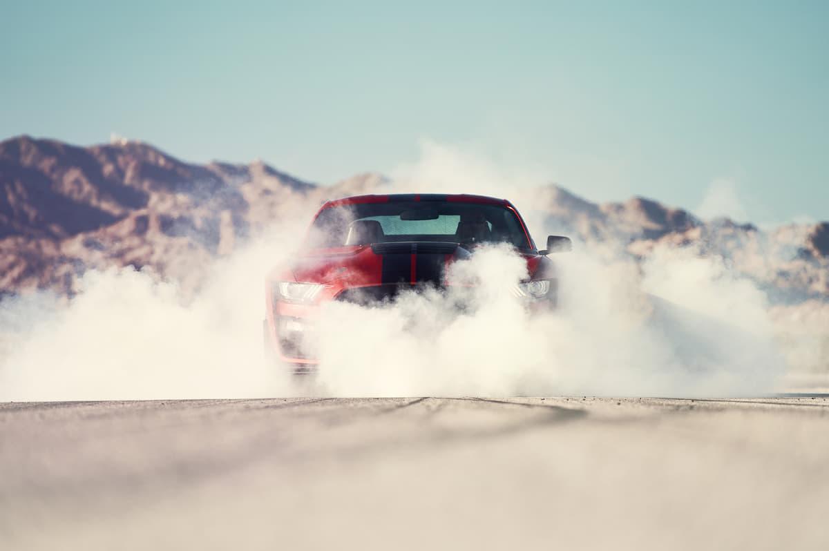 大排気量が魅力! アメ車らしい豪快パフォーマンスを発揮するマッスルカーやSUV5選