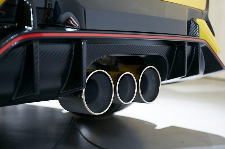 目指したのはサーキット性能の向上と言い切るホンダ シビックタイプRのマイナーチェンジ、一体誰得なの?