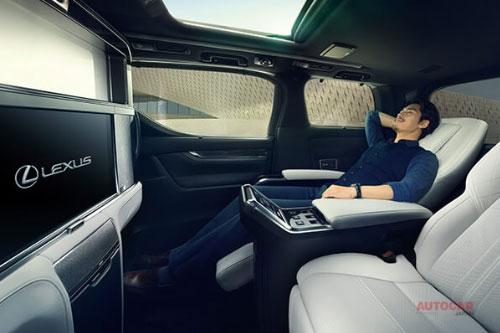【レクサスLM】初のミニバン 価格が中国で暴騰 新古車が3500万円にも 値上がりした背景