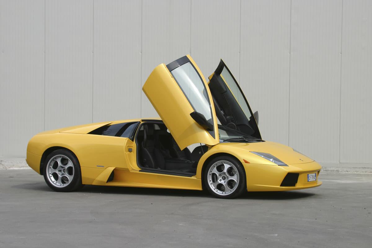 「ランボルギーニ=ガルウイング」は勘違い! 知られざるスーパーカーのドア名称5つ
