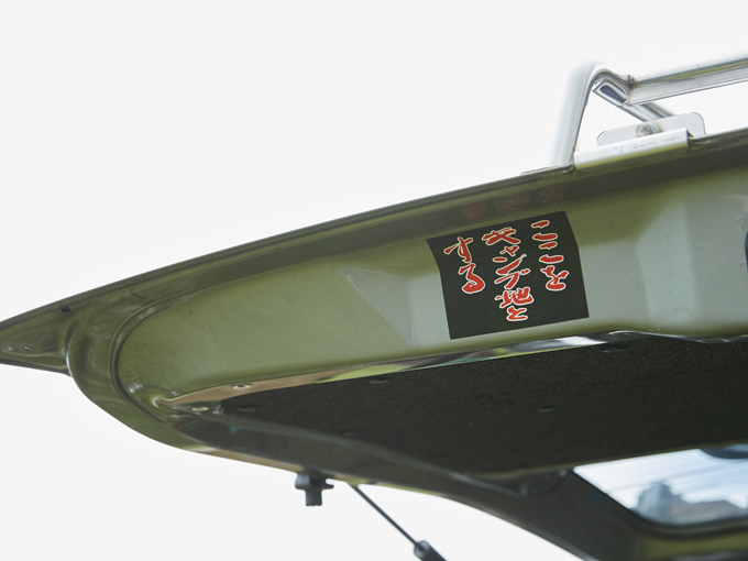 あえての「そっけない黒バンパー」が効いている? 「ドレスダウン系商用車」のステキな普段づかい事例