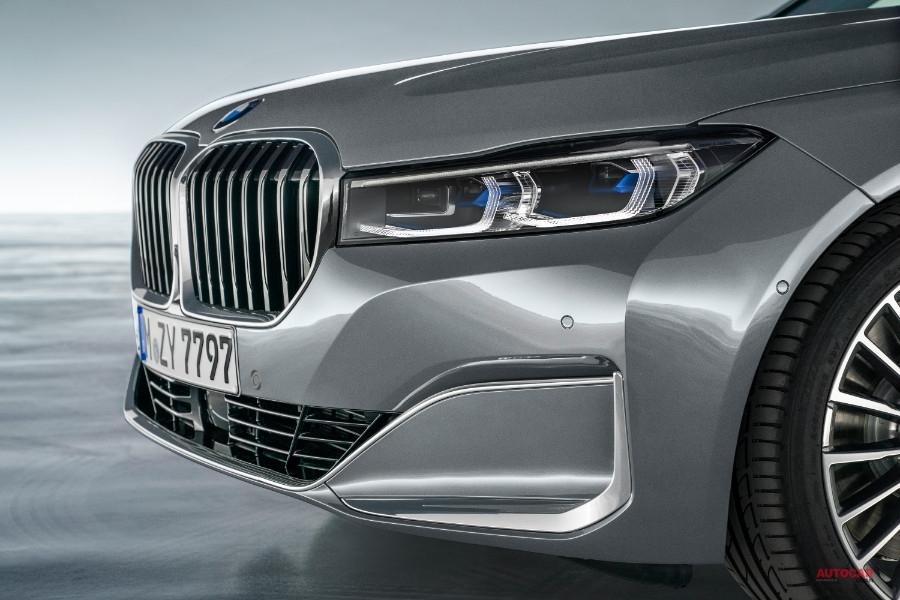 改良新型BMW 7シリーズ日本発売 ハンズ・オフ/リバースアシスト 価格1090万円~