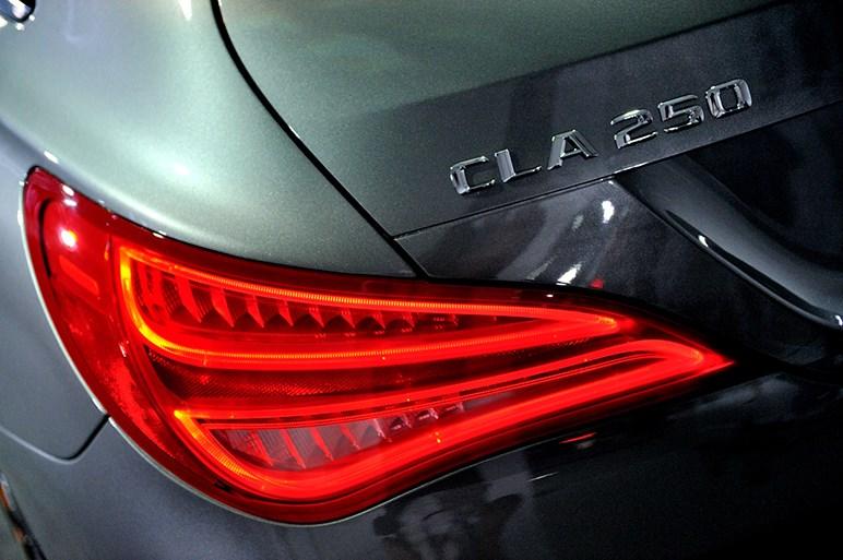 CLAシューティングブレーク発表、利便性を高めたスタイリッシュなワゴン