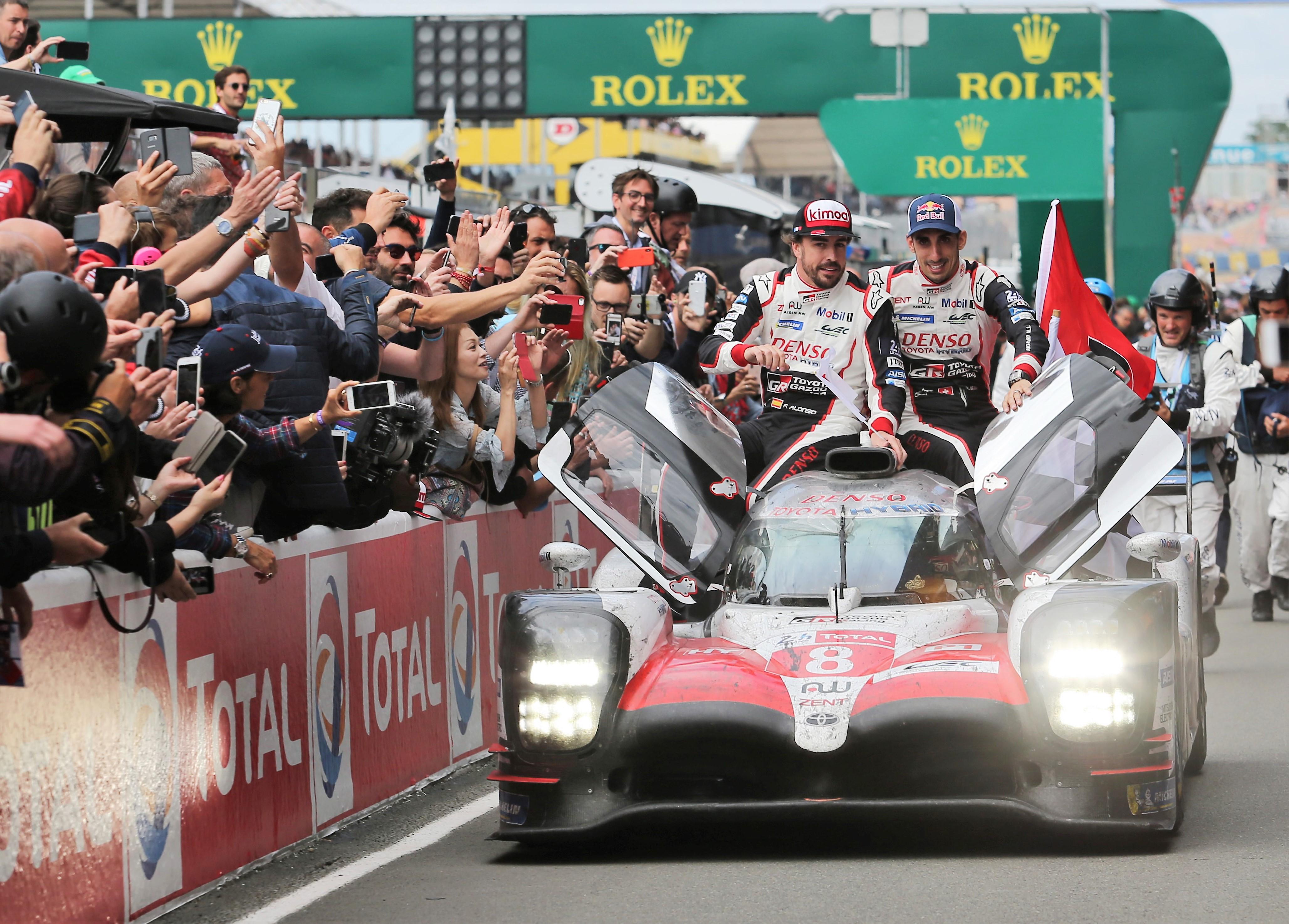 世界1位の快挙も話題にならず?? 日本でモータースポーツが盛り上がらない理由