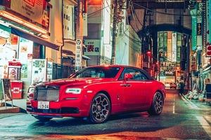 ロールス・ロイス東京、都心の夜景とブラック・バッジの写真展 実車も展示 7/13まで