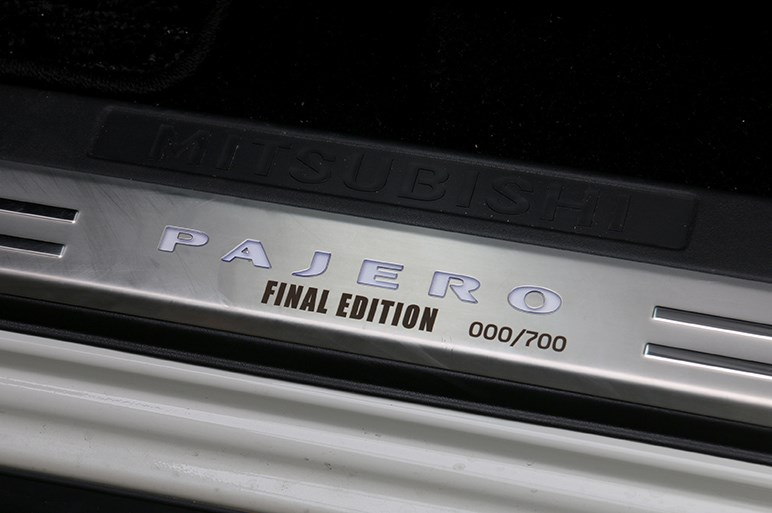 パジェロ ファイナルエディション試乗。今となってはもはや古さが魅力…